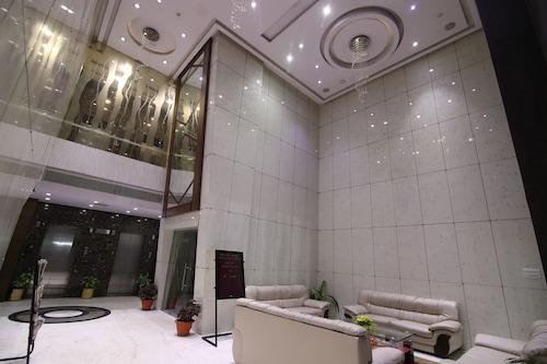 瑪哈旅館/