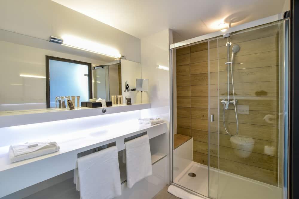 Superior Room, With Big Terrace - Bathroom