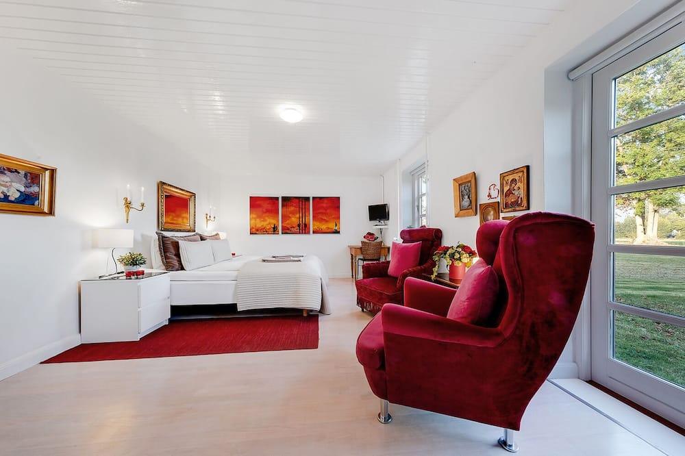 Double Room (Det Røde Dobbeltværelse) - Living Area