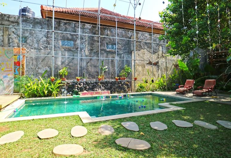 Indopurejoy House, Kuta, Hồ bơi
