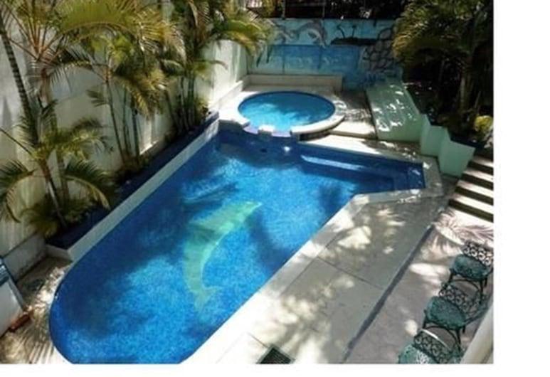 Hotel Miramonte & apartments, San Salvador