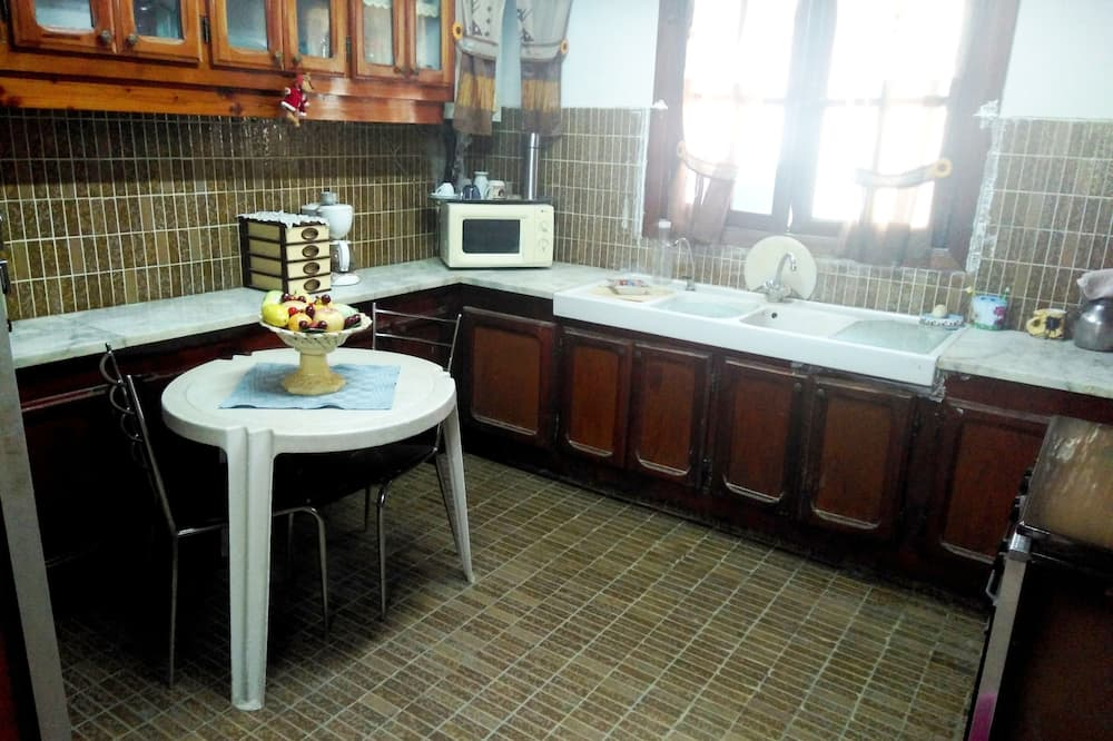 Chambre 7 personnes - Ortak mutfak