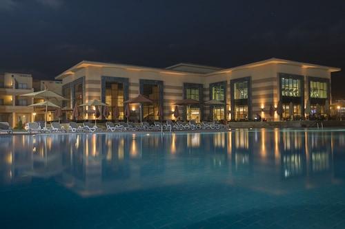 西迪阿卜杜勒拉曼奧拉度假酒店