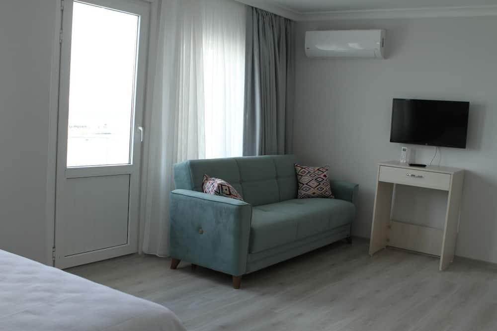 Apartmán typu Deluxe, 1 extra veľké dvojlôžko, výhľad na more - Obývacie priestory