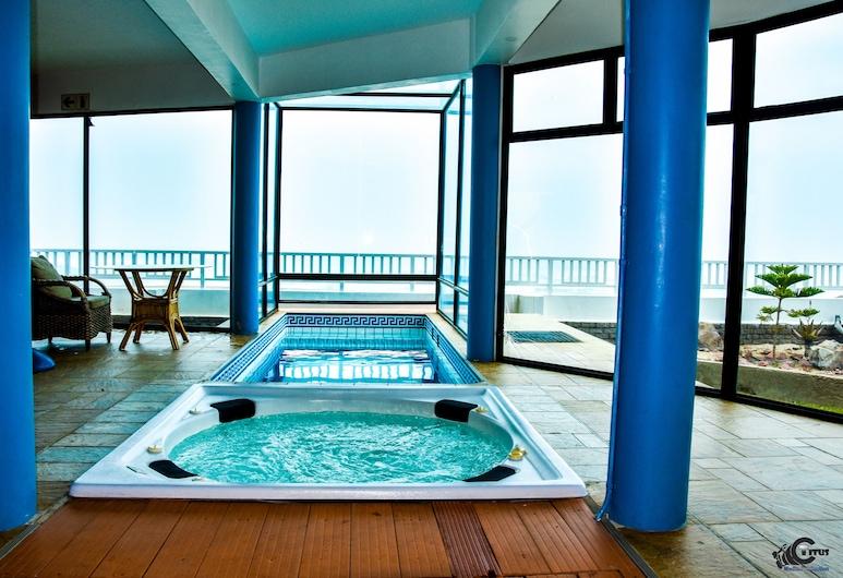 Boathouse Seaview Suites Guest House, Swakopmund, Idromassaggio al coperto