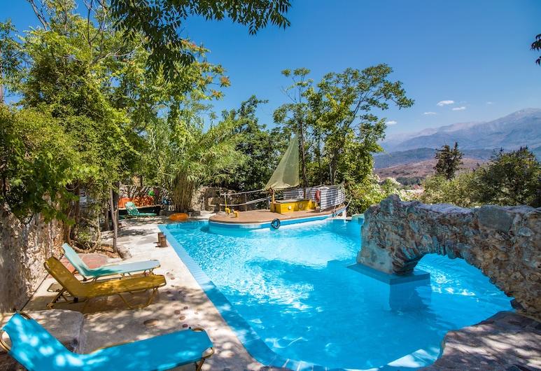 Malaxiana Houses, Χανιά, Εξωτερική πισίνα