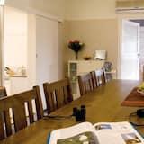 Коттедж, 4 спальни, для некурящих - Обед в номере