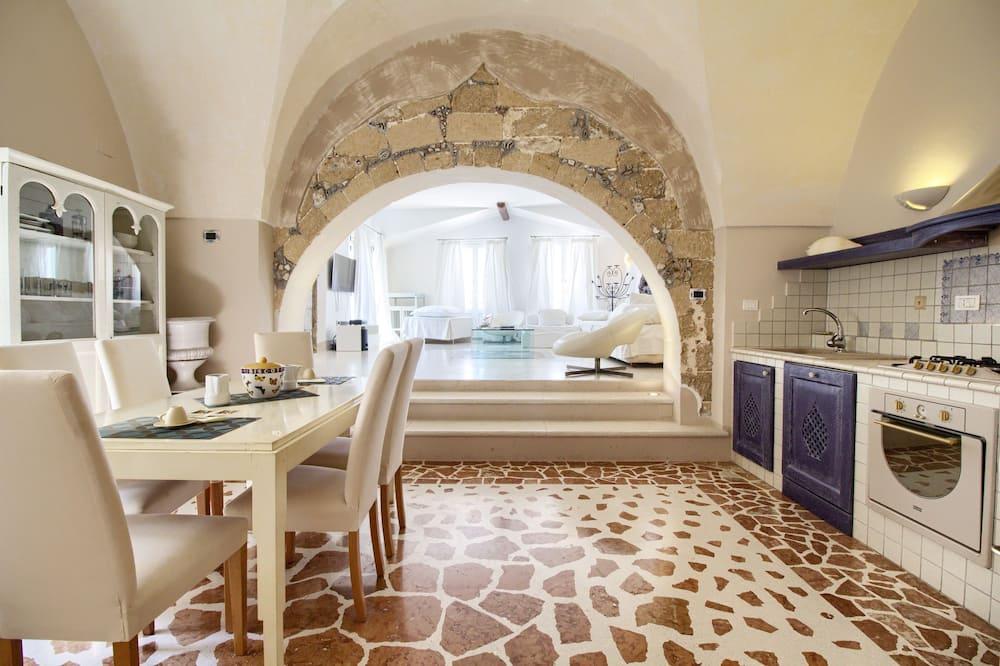 Luxe penthouse, 2 badkamers, Uitzicht op zee - Woonruimte