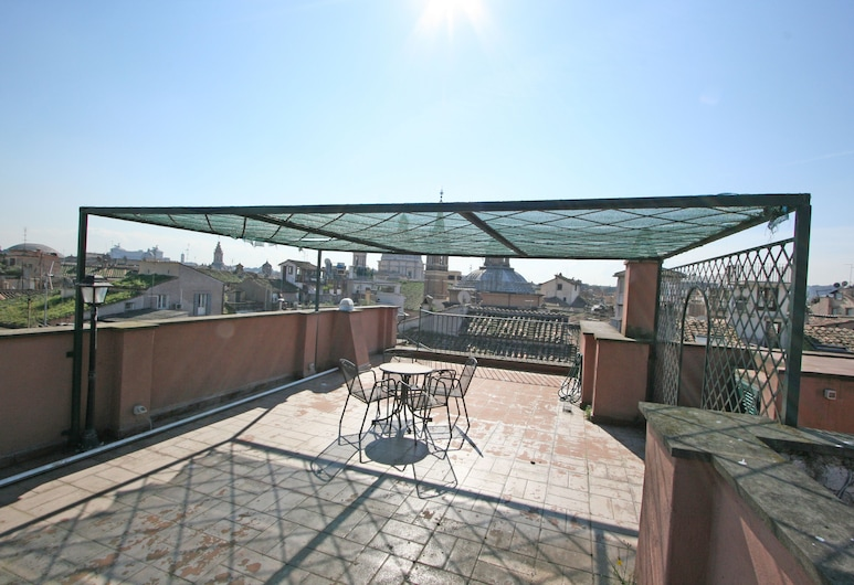 Travel & Stay - Coronari, Rooma, Külaliskorter, 2 magamistoaga, Terrass