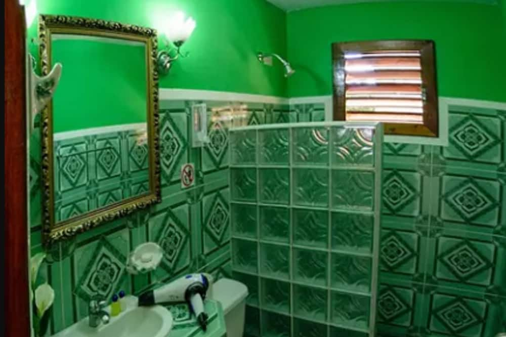 컴포트 더블룸 - 욕실