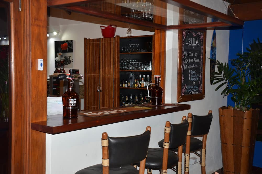 Medenceparti bár