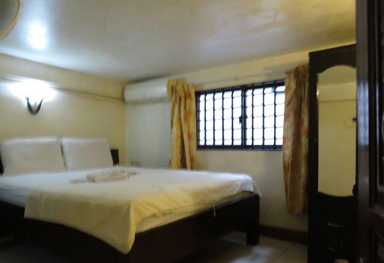 Nordic House, Phnom Penh, Economy Double Room, 1 Katil Ratu (Queen), Non Smoking, Bilik Tamu