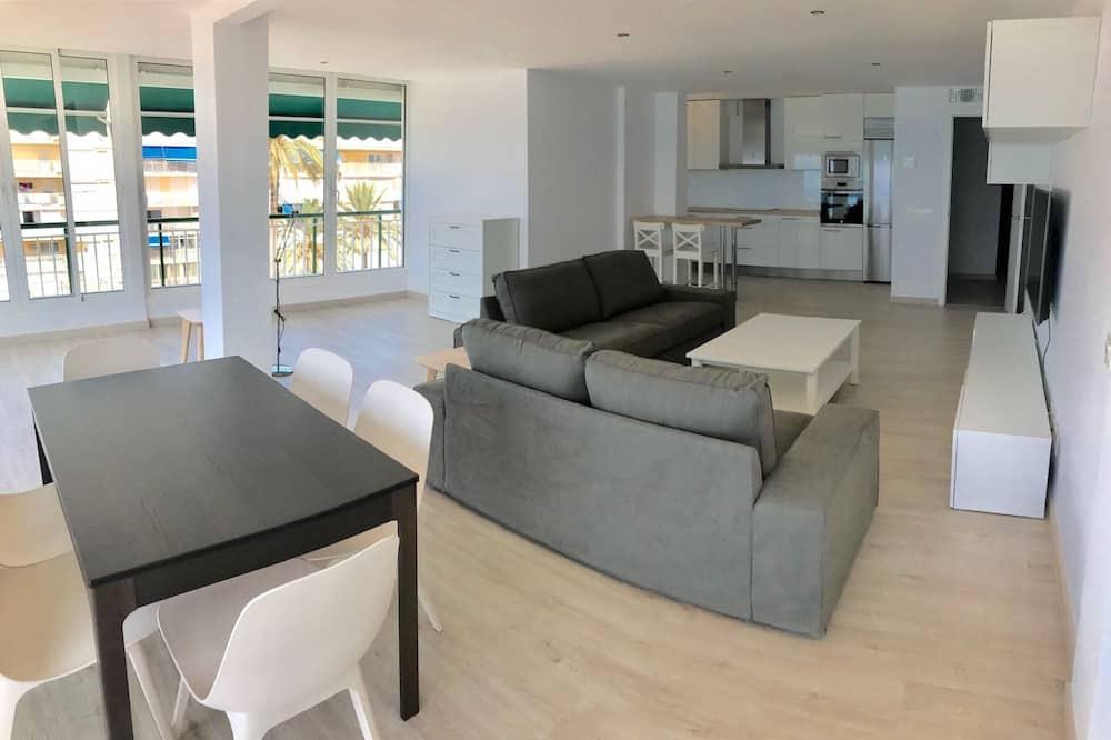 Dzīvokļnumurs, trīs guļamistabas, terase - Dzīvojamā zona
