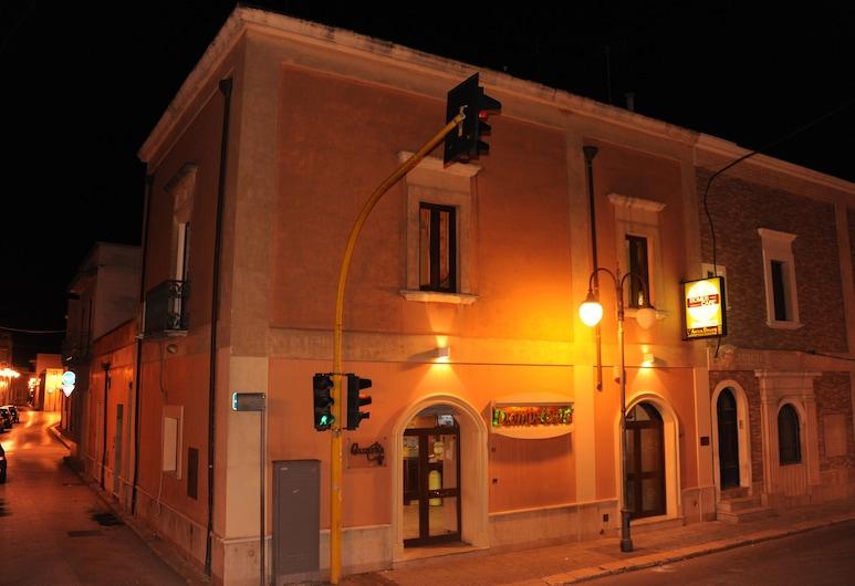 L'antica Dimora, Cellino San Marco, Hotelfassade