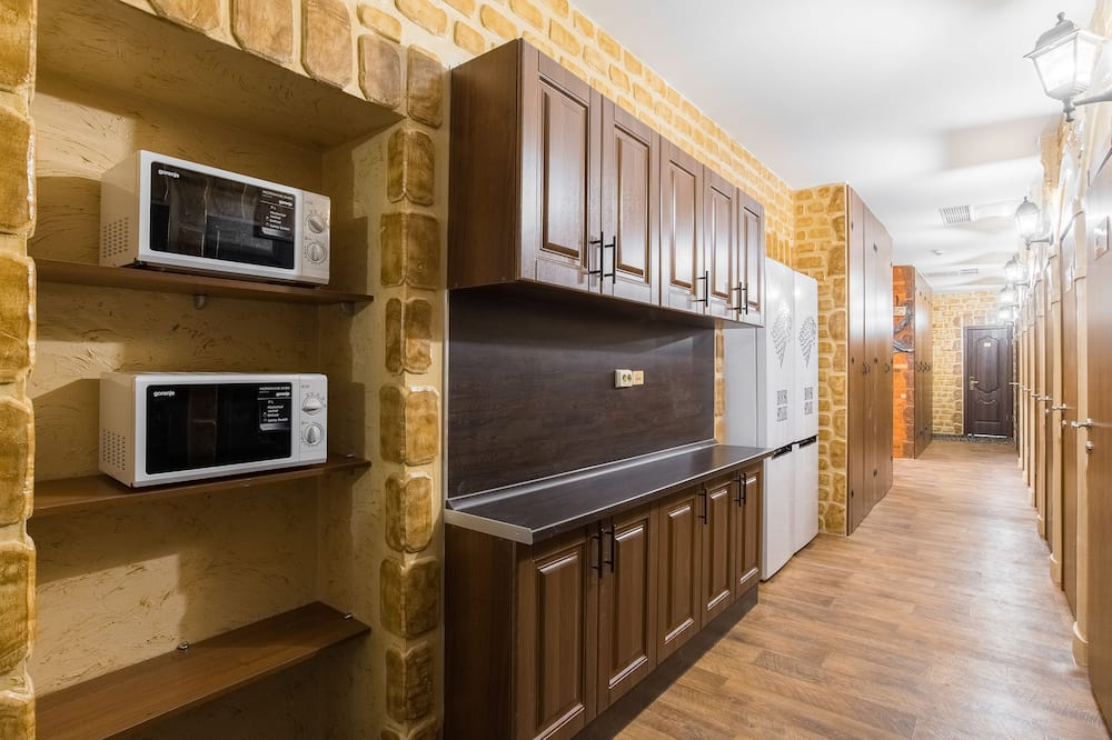 Standard Twin Room - Shared kitchen