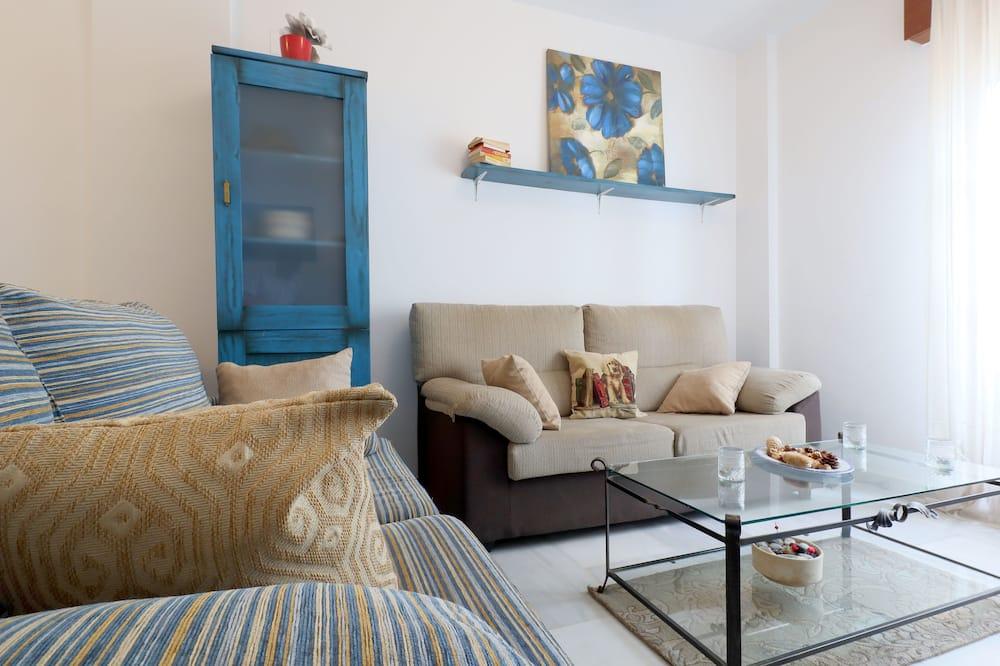 Apartment, 3 Bedrooms, Non Smoking, Terrace - Living Area