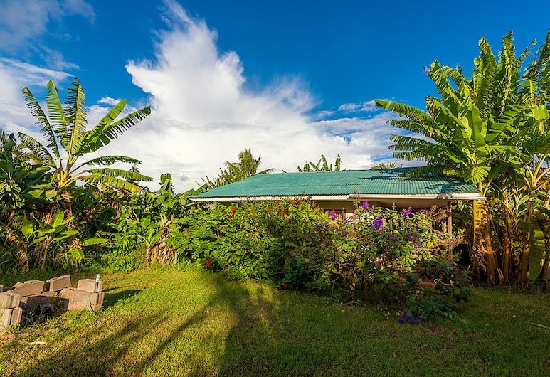 Cabañas Makupuna, Hanga Roa, Garden