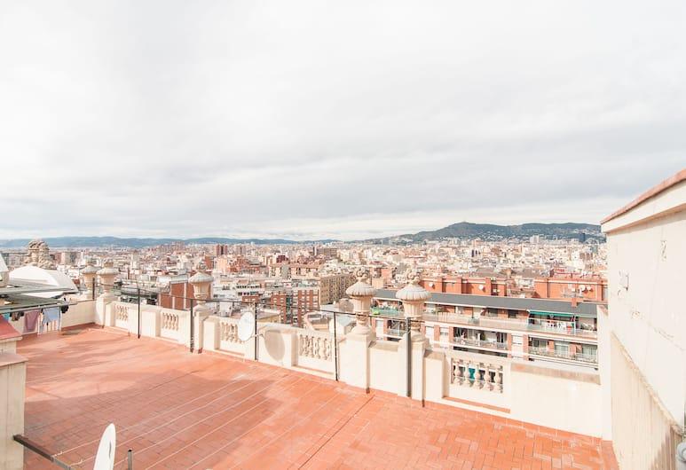 Montaber Apartments - Plaza España, Barcelona, Penthouse - 1 sovrum - terrass - utsikt mot staden, Terrass