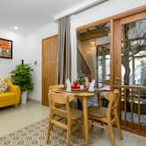 Studio Apartment, Garden View - Living Area