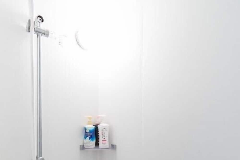 Apartamentai (KY-301) - Vonios kambarys