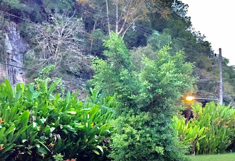 V Valley Resort, Satun, Terassi/patio