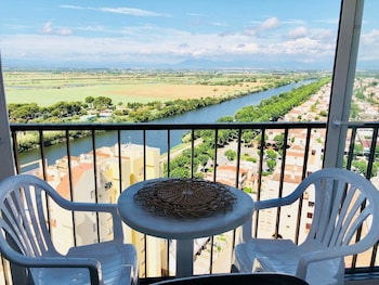 Top 10 Cheap Hotels in Castello d\'Empuries from $62/night ...
