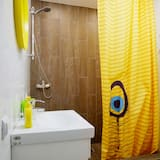 Economy - kahden hengen huone, Jaettu kylpyhuone - Kylpyhuoneen suihku