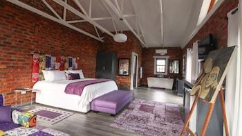 תמונה של Port Del Mar Luxury Guesthouse בהרמנוס