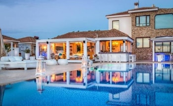Ayia Napa bölgesindeki Cape Serenity Resort - Adults Only resmi