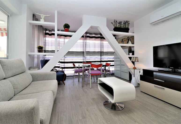 Apartamento Agua Azul 4-A, Benidorm, Apartment, 2 Bedrooms, Living Room
