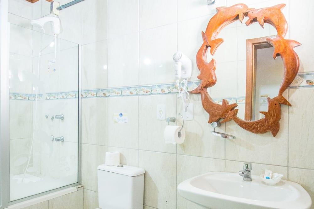 豪華四人房, 1 間臥室 - 浴室設施