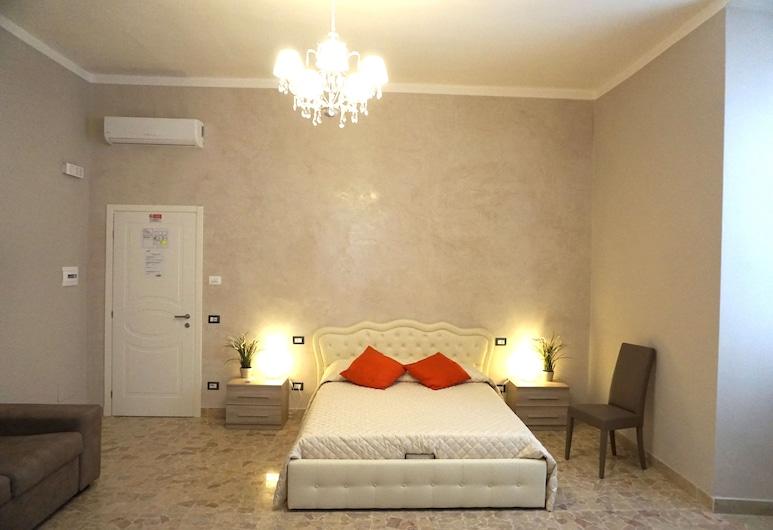 ريزيدنس ستيندال جيست هاوس, سيفيتافيتشيا, غرفة عائلية, غرفة نزلاء