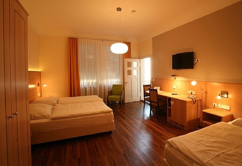 Hotel Union, Offenburg, Double Room, Guest Room