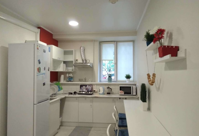 Russland Hostel, Moscow, Double Room, No Windows, Living Area