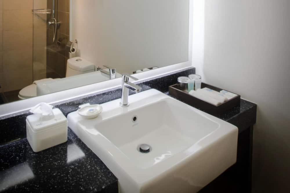 Deluxe-dobbeltværelse - Vask på badeværelset