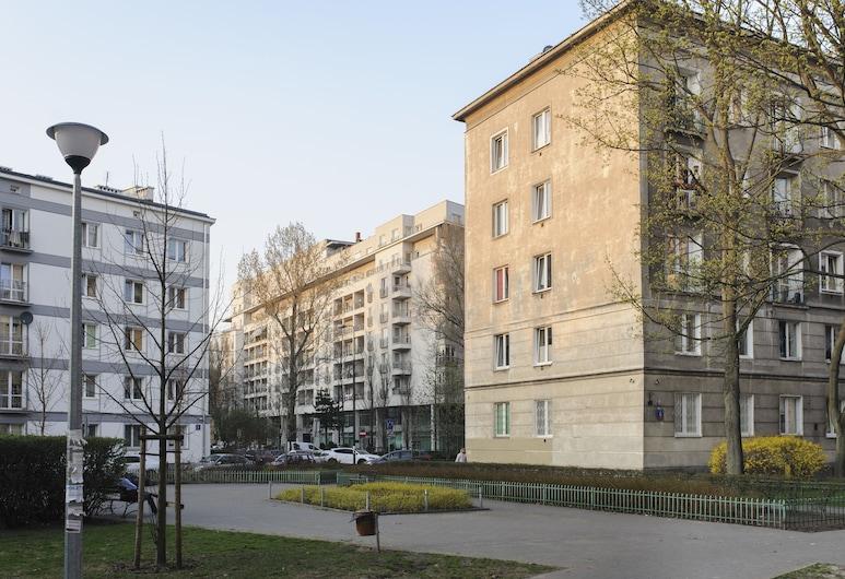 Nalevki Apartments, Warszawa, Boendets framsida
