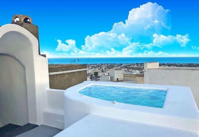 The Luna Suites, Santorini