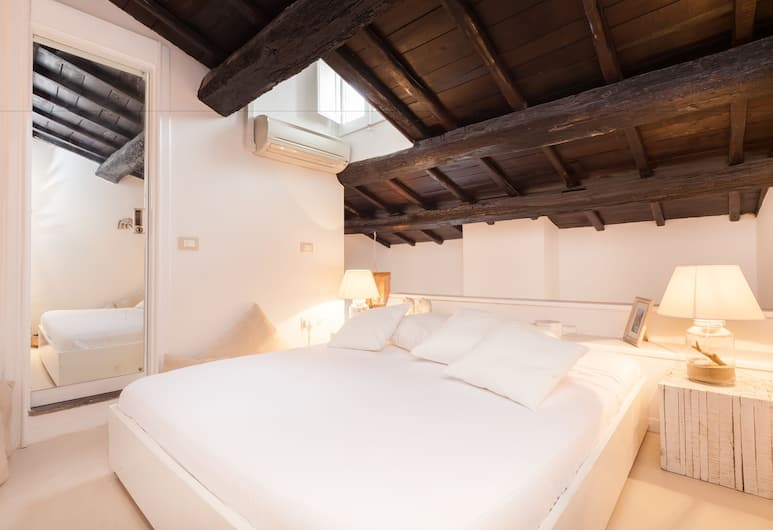 Suite Laura, Rome, Duplex, 2 Bedrooms, Guest Room