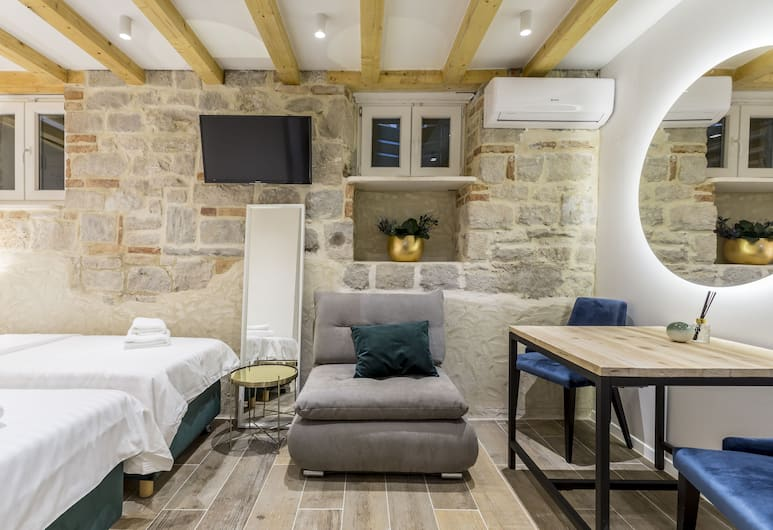 Luxury Rooms Miara in City Centre, Split, Deluxe Tek Büyük Yataklı Oda (1), Oda