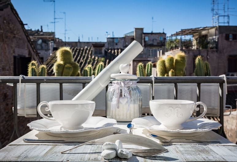 Campo Penthouse - Near Campo de' Fiori, Rome, Apartment, Balcony