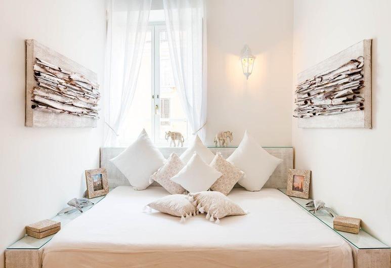 Pantheon Luxury Gold Apartment, Rome