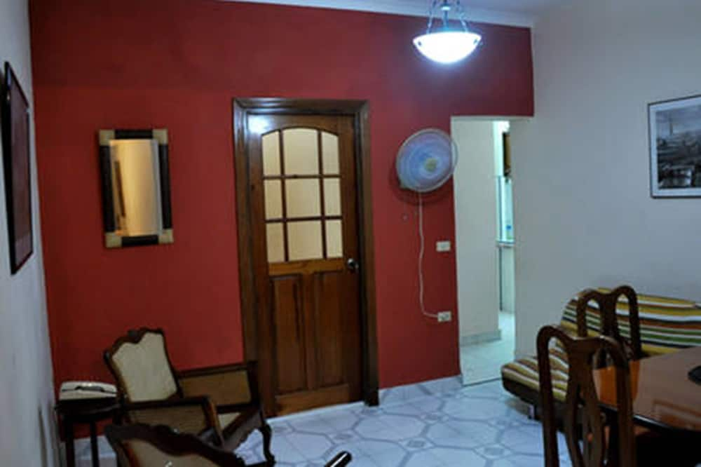 이코노미 아파트, 침실 2개, 금연 - 거실