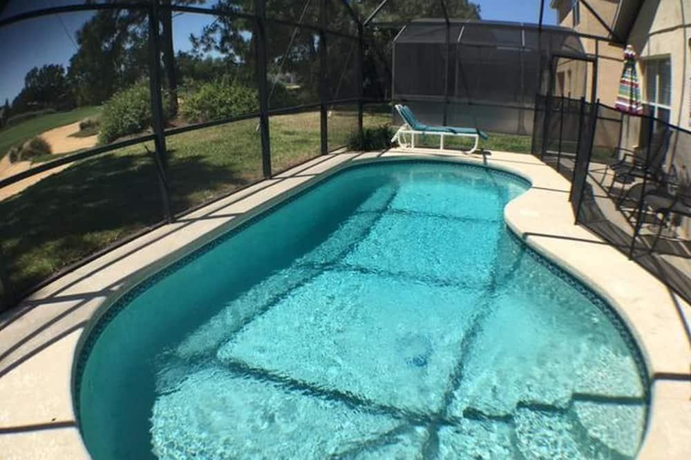 منزل - حمّام سباحة خارجي