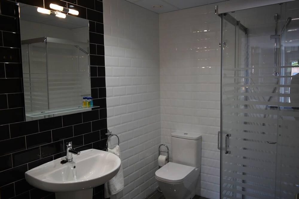 Dvoulůžkový pokoj pro 1 osobu, 2 jednolůžka - Koupelna