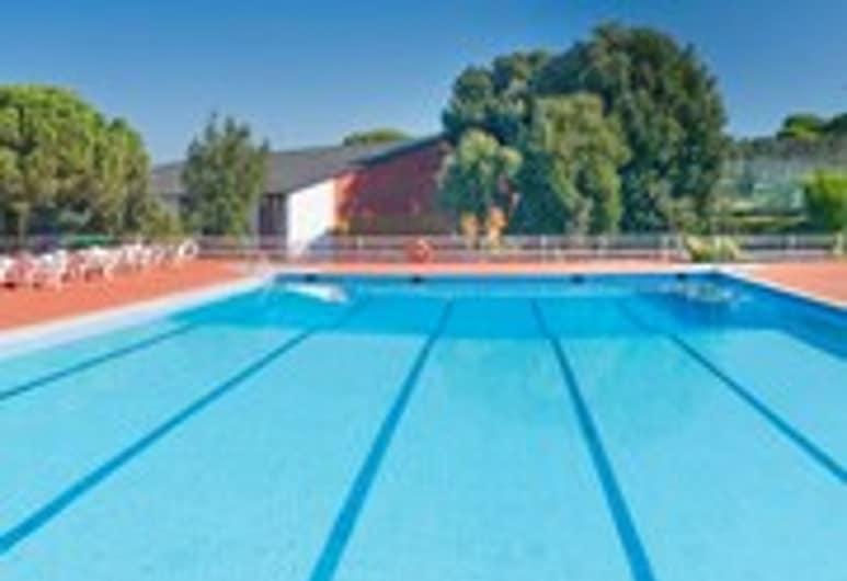 Montanyà Hotel & Lodge, Seva, Outdoor Pool