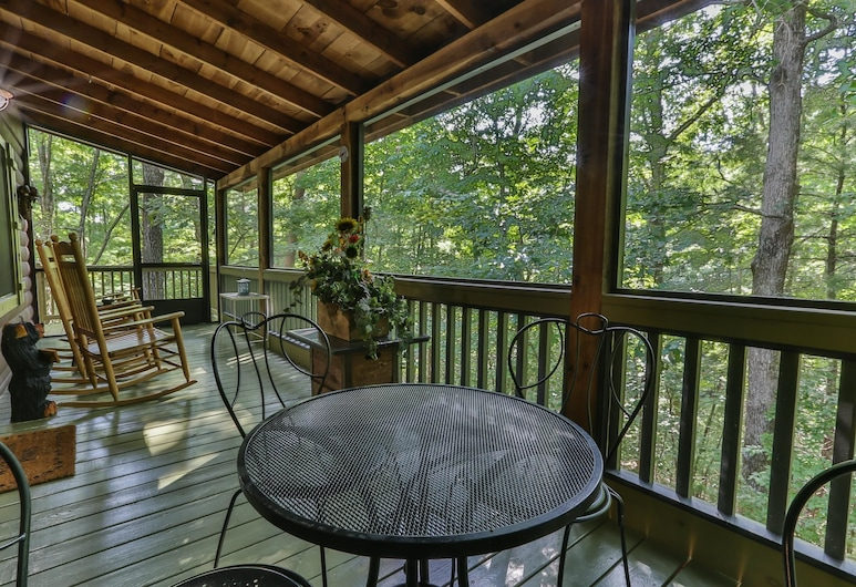 Cherry Beary Den Nevaeh Cabin Rentals, Blue Ridge, Apartamentai, Balkonas
