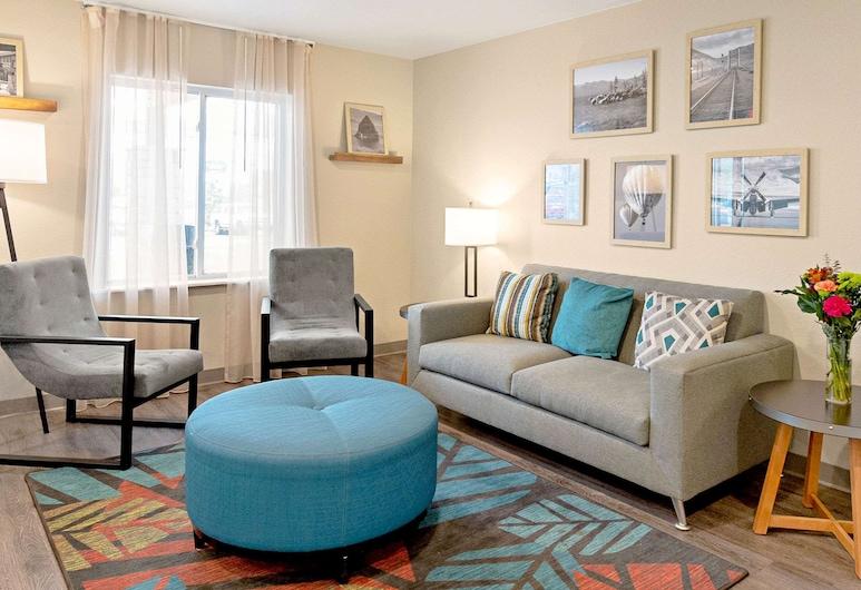 WoodSpring Suites Reno Sparks, Sparks, Vestibils
