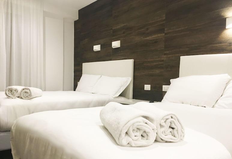 Aurum Firenze, Florence, Quadruple Room, Guest Room
