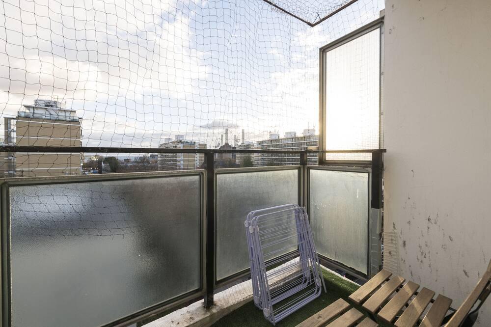 Apartamento, Casa de Banho Privativa - Varanda