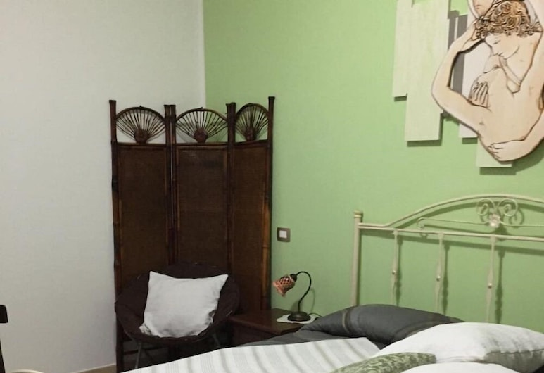 B&B Ciritorno, Vittoria, Habitación triple Confort, baño privado (external), Habitación